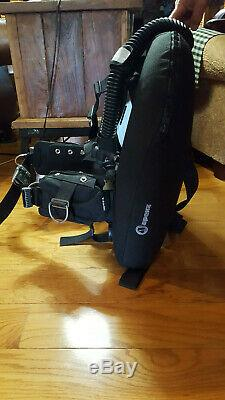 Apeks BCD with Apeks back plate and harness and a Dive Rite tank connector plate