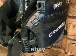Cressi R1 BCD Buoyancy Compensator (Medium)