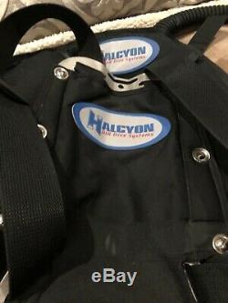 Halcyon Backplate System