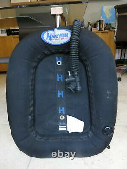 Halcyon Evolve 40 wing for scuba diving
