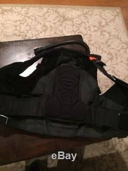 ScubaPro Classic Plus BCD Size Large. Free Shipping