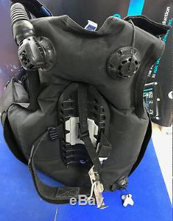 Scubapro Glide SCUBA 500 BCD with current annual maintenance Size M