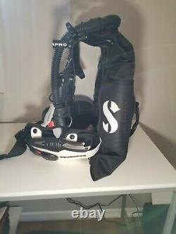 Scubapro Hydros Pro BCD Women's MD with retractor, travel backpack & hose