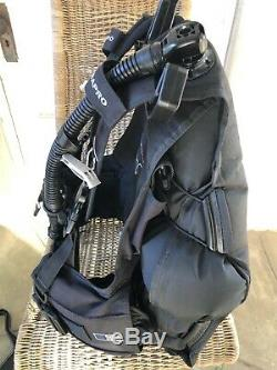 Scubapro KNIGHTHAWK BCD, Size Large, Weight Integrated Scuba Dive BC Compensator
