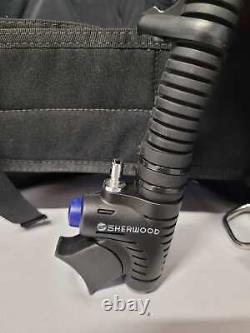 Sherwood Scuba Avid BCD size Large