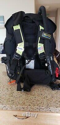 Zeagle Escape Scuba Diving BCD- Size Small. Weight pockets, Whistle. Excellent